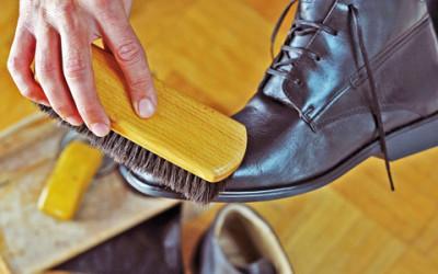 Cipőápolás – Egyenes beszéd